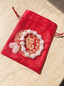 【送料無料】ブレスレット アクセサリ― ブランドシルクポーチヒスイブレスレットbrand chinese traditional white jade bean bracelets with red silk pouch