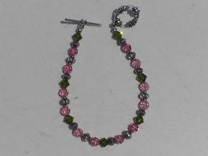 【送料無料】ブレスレット アクセサリ― ピンクビーズブレスレットiridescent pink and green crystals beaded bracelet