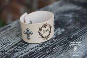 【送料無料】ブレスレット アクセサリ― ハンドメイドベジタリアンレザーカフブレスレットhandmade faith veg leather cuff bracelet