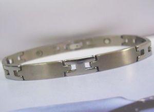 【送料無料】ブレスレット アクセサリ― レディースチタンブレスレットバイオladies titanium magnetic bracelet bio healing arthritis pain therapy hny mag sv