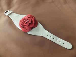 【送料無料】ブレスレット アクセサリ― ハンドメイドローズブレスレットhandmade leather bracelet with rose