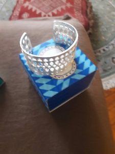 【送料無料】ブレスレット アクセサリ― ドットカフシルバーカフブレスレットstella dot cuff silver plait cuff bracelet