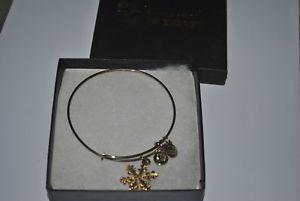 【送料無料】ブレスレット アクセサリ― アレックスエネルギーゴールドスノーフレークブレスレットボックスalex amp; ani expandable energy shiny gold 2012 snowflake bracelet wbox