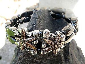【送料無料】ブレスレット アクセサリ― ブレスレットダブルヒトデシェルwomens magnetic bracelet 2 row w double copper starfish w shells therapeutic