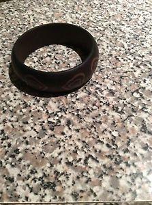 【送料無料】ブレスレット アクセサリ― ブレスレットwood bracelet with heart carving