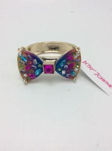 【送料無料】ブレスレット アクセサリ― 65ドルベッツィージョンソンブレスレットk1k65 betsey johnson gold tone rainbow bracelet k1k