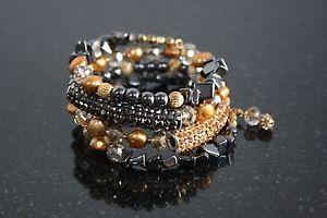 【送料無料】ブレスレット アクセサリ― ワイヤーブレスレットコブラmemory wire bracelet crystal cobra