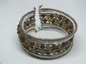 【送料無料】ブレスレット アクセサリ― ラップカフブレスレットゴールドトーンホワイトオレンジビーズワイドニースbeautiful wrap cuff bracelet gold tone white amber beads 1 14 wide nice