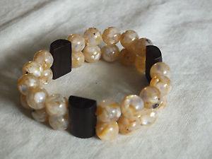 【送料無料】ブレスレット アクセサリ― ブレスレットベージュ1インチnicebeautiful stretch bracelet dark brown beige marbled beads 1 inch wide nice