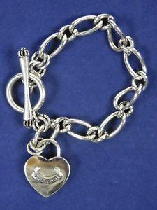 【送料無料】ブレスレット アクセサリ― ジューシークチュールシルバーオーバルリンクチェーントグルブレスレットjuicy couture silver tone oval link chain dangle heart charm toggle bracelet