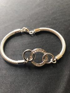 【送料無料】ブレスレット アクセサリ― パークレーンブレスレットスワロフスキークリスタルドルpark lane infinity bracelet 8 genuine swarovski crystals retail 44
