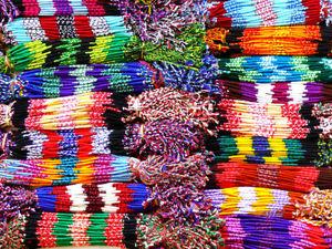 【送料無料】イタリアン ブレスレット ブレスレットコトンlot de 100 bracelet bresilien revendeur macram grossiste bijoux coton amiti