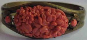 【送料無料】イタリアン ブレスレット コーラルピンメタルブレスレットセルロイドビンテージvintage 591ms corallo look celluloide fiori ottone con perno bracciale rigido