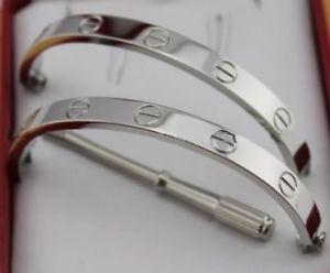 【送料無料】イタリアン ブレスレット カフブレスレットブロガーカートドライバーネジシルバーブレスレットlove bracciale bracelet lusso blogger cart cacciavite vite argento bracciale