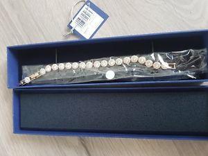 【送料無料】イタリアン ブレスレット オリジナルスワロフスキーカフブレスレットゴールドoriginale swarovski angelic bracciale bracelet oro np 129 nuovo