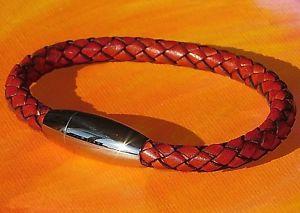【送料無料】メンズブレスレット メンズレディースレッドブラウンレザーブレスレットライムベイアートステンレススチールクラスプmens ladies redbrown leather bracelet amp; stainless steel clasp by lyme bay