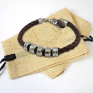 【送料無料】メンズブレスレット アンプステンレススチールブレスレットmens personalised engraved leather amp; stainless steel bracelet gift birthday