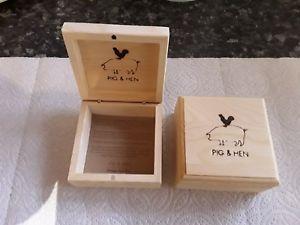 【送料無料】メンズブレスレット ブタボックスx 2pig and hen wooden gift boxes x 2