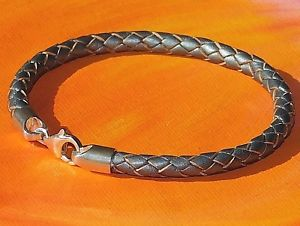 【送料無料】メンズブレスレット メンズレディースシルバーレザーライムベイアートスターリングシルバーブレスレットmens ladies 5mm silver leather amp; sterling silver bracelet by lyme bay art