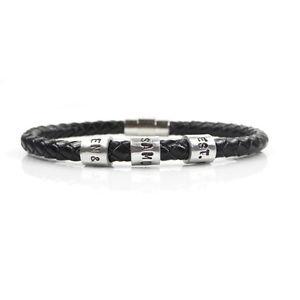 【送料無料】メンズブレスレット ハンドスタンプビーズブレスレットmens personalised leather bracelet with hand stamped name beads free delivery