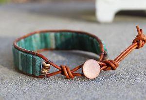 【送料無料】メンズブレスレット メンズアフリカビーズブラウンレザーラップブレスレットmens african jade beaded brown leather wrap bracelet