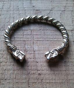 【送料無料】メンズブレスレット バイキングブレスレットウォルフアームリングノーフォークニューヨークviking bracelet brass wolf arm ring athelstan vikings reenactment norfolk york