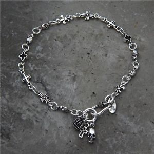 【送料無料】メンズブレスレット ソリッドスターリングシルバーメンズビーズクロススカルブレスレットsolid 925 sterling silver hallmarked mens beaded cross skull bracelet 22cm