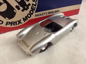 【送料無料】模型車 スポーツカー シリーズポルシェスパイダーclassic cars series 143 1953 porsche 5501500 rs spyder