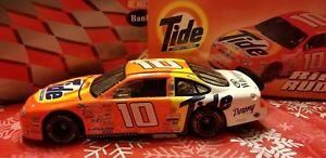【送料無料】模型車 スポーツカー リッキーラッド10 1999フォードトーラス191,500*1*