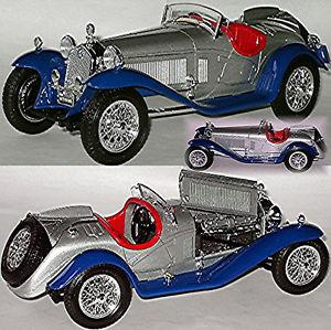 【送料無料】模型車 スポーツカー アルファロメオスパイダーalfa romeo 2300 spider 1932 silverblue 118 bburago