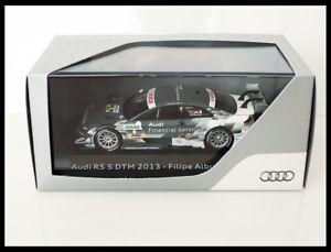 【送料無料】模型車 スポーツカー アウディa5 dtm filipeアルバカーキ2013sparkaudi a5 dtm filipe albuquerque 2013 spark