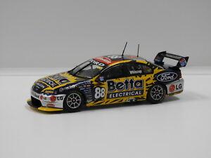 【送料無料】模型車 スポーツカー フォードバファルコンチーム#クラシック143 ford ba falcon team betta electrical jwhincup 2006 88 classic carlect