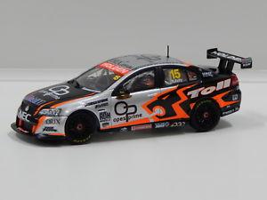 【送料無料】模型車 スポーツカー ホールデンコモドールディーラーチームケリー#143 holden ve commodore hsv dealer team rkelly 2008 15 carlectables 1015