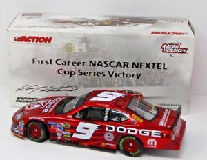 【送料無料】模型車 スポーツカー ケーシーダッジディーラー#カップリッチモンドレースkasey kahne 124 2005 dodge dealers 9 first cup win richmond raced liquid color