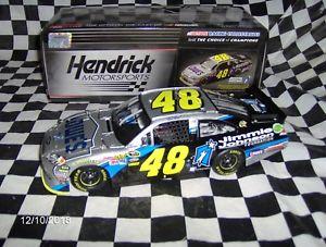 【送料無料】模型車 スポーツカー ジミージョンソンロウ2011 jimmie johnson foundation lowes 124th