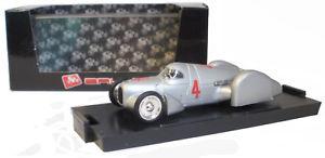 【送料無料】模型車 スポーツカー brumm r108rekordwagen carenata1937ハンス143