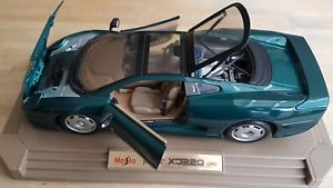 【送料無料】模型車 スポーツカー ジャガースポーツカーモデルjaguar xj220 sports car model