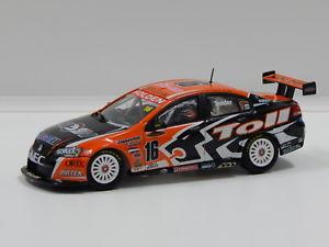 【送料無料】模型車 スポーツカー ホールデンコモドールディーラーチーム#143 holden ve commodore hsv dealer team gtander 2007 16 carlectables 1016