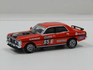 【送料無料】模型車 スポーツカー フォードバサーストモファットビアンテ164 ford xy falcon gtho 1971 bathurst winner amat 65e biante b642101d