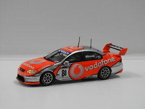 【送料無料】模型車 スポーツカー フォードファルコンチームボーダフォンクラシック#143 ford bf falcon team vodafone jwhincup 2007 88 classic carlectables 20