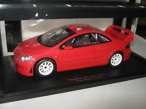 【送料無料】模型車 スポーツカー プジョープレーンボディレッド118 peugeot 307 wrc 2005 plain body red 80557 autoart ovp