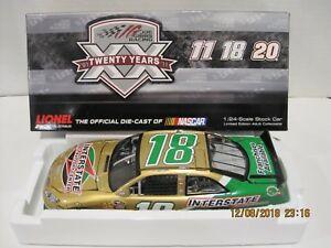 【送料無料】模型車 スポーツカー #バッテリーセンター listingkyle busch 18 2011 interstate all battery center 124