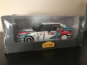 【送料無料】模型車 スポーツカー lancia delta integrale 16v1990dauriol rally rally ixo altaya 118eb5lancia delta integrale 16v 1990 d auriol rally rally