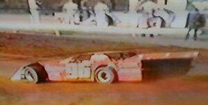 【送料無料 dirt】模型車 スポーツカー クラシックモデル1986 hoosier dirt dvd classic brownstown sppedway sppedway dirt late model dvd, 陽気な古着屋FRANK:92afa1cf --- coamelilla.com