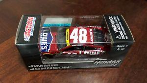 【送料無料】模型車 スポーツカー 2015ジミージョンソンロウベスト1642015 jimmie johnson lowes red vest 164 scale car