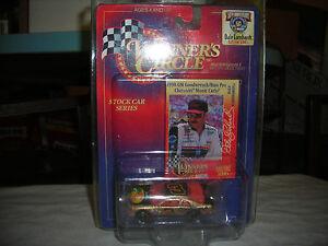 【送料無料】模型車 スポーツカー ライフタイムデイルアーンハート#バスプロシボレーモンテカルロwinners circle lifetime dale earnhardt 3 1998 bass pro chevy monte carlo 164
