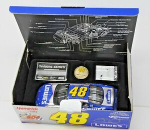 【送料無料】模型車 スポーツカー 124 team caliber owners 200248 lowes powerof pride jimmie johnson rookie124 team caliber owners 2002 48 lowes power of pri