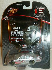 【送料無料】模型車 スポーツカー #デイルアーンハートトリビュートサークルホール3 dale earnhardt special hall of fame tribute 2006 winners circle 164