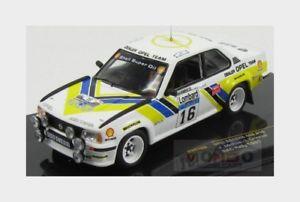 【送料無料】模型車 スポーツカー オペルアスコナ40016racロンバルド1981モダンjmcrae igrinrod ixo 143 rac109opel ascona 400 16 rally rac lombard 1981 jmcrae igrinrod ixo 143