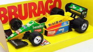 【送料無料】模型車 スポーツカー スケールモデルカーベネトンフォード#burago 124 scale model car b27j f1 benetton ford 19